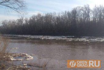 На Кумакском водохранилище в Оренбургской области утонуло четверо рыбаков