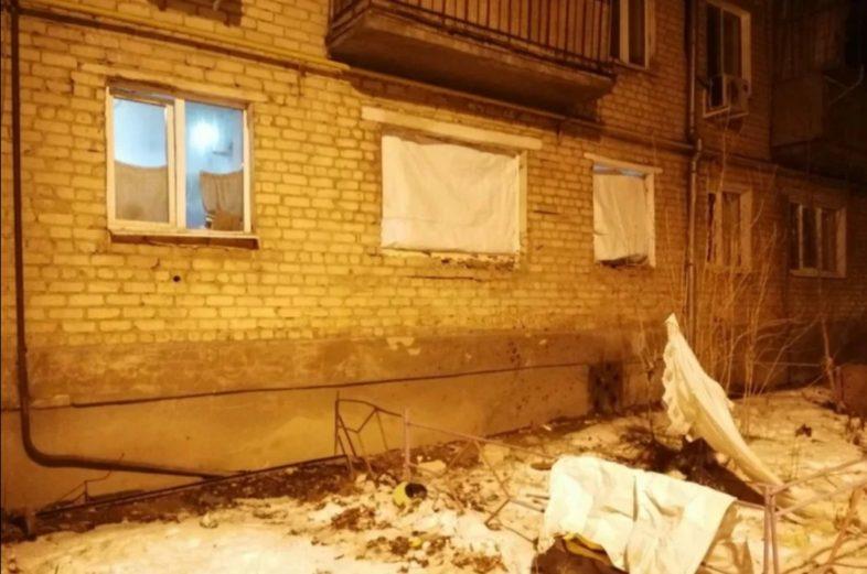 В Орске при хлопке в жилом доме пострадал мужчина