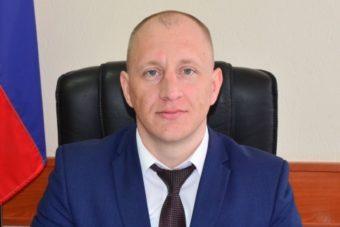 Нового зама Артема Гузаревича прокуратура требует уволить из мэрии