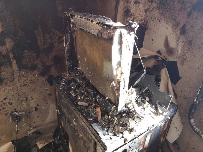 Оренбургские следователи возбудили дело по факту пожара, где погиб ребенок