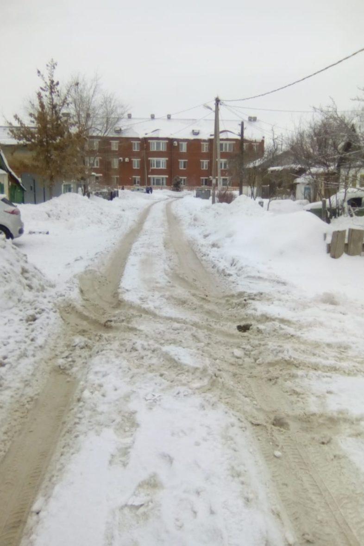 Оренбургской мэрии опять не хватает техники для очистки снега