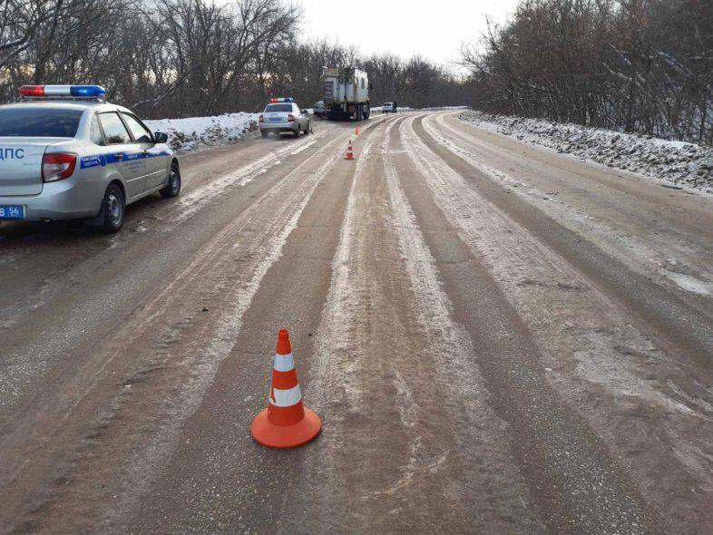 На трассе в районе Бугуруслана в аварии пострадал водитель