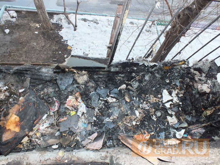 В Орске полицейские потушили пожар и спасли человека