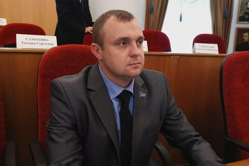 В оренбургском ЛДПР не хотят комментировать проступок однопартийца