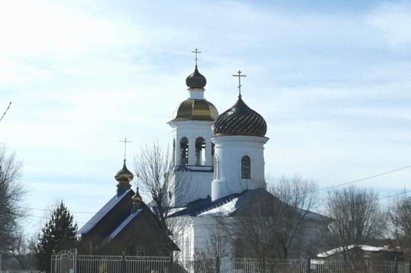 Православные Оренбурга празднуют вербное воскресенье