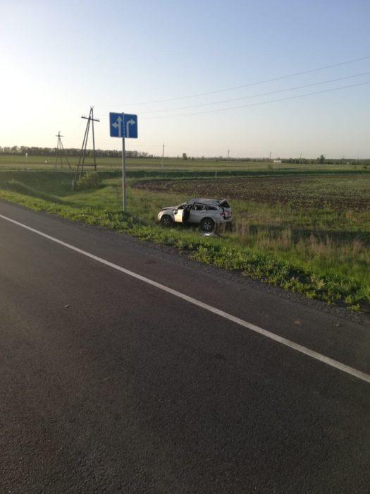В Сорочинском районе в аварии пострадали пассажиры джипа