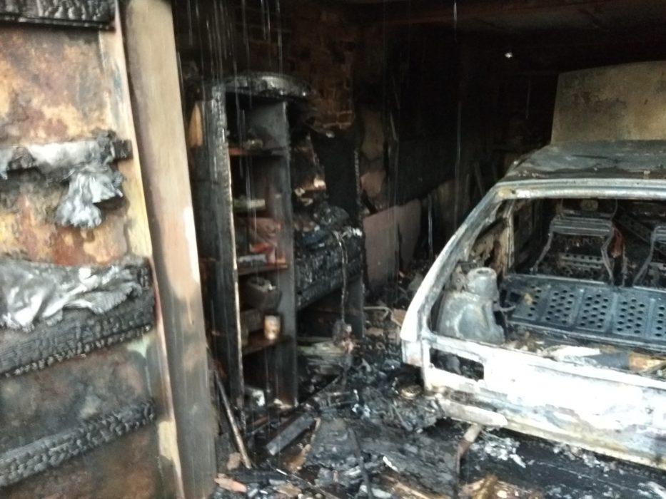 В Орске из-за детской игры с огнем произошел пожар