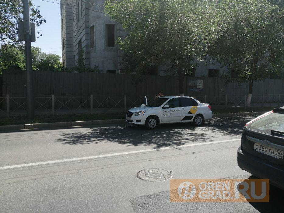 В центре Оренбурга произошло ДТП с автомобилем скорой помощи