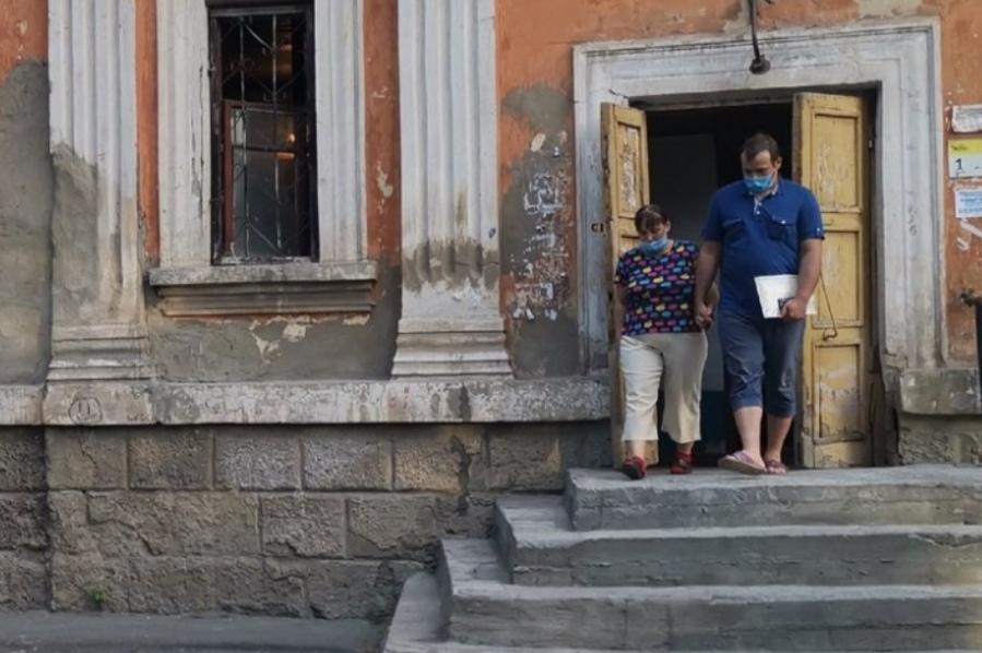 В Домбаровском районе из семьи вновь изъяли детей