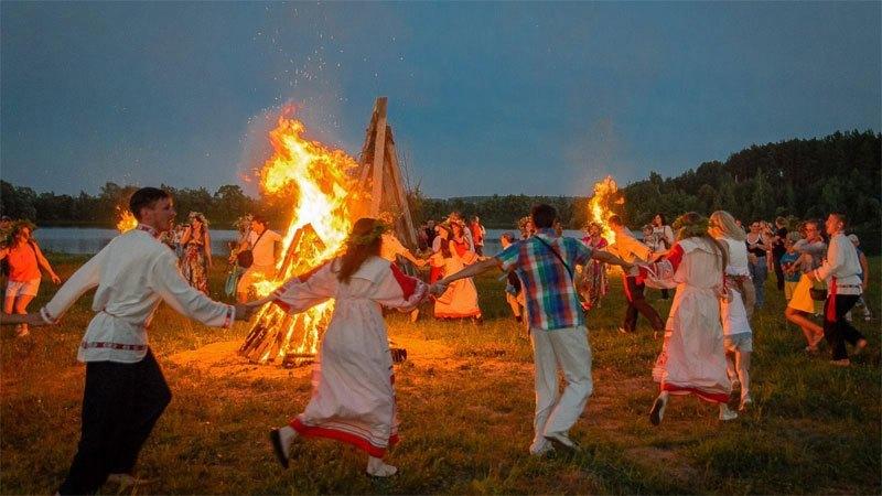 В ночь на 7 июля отмечается праздник Ивана Купала. Обычаи и традиции