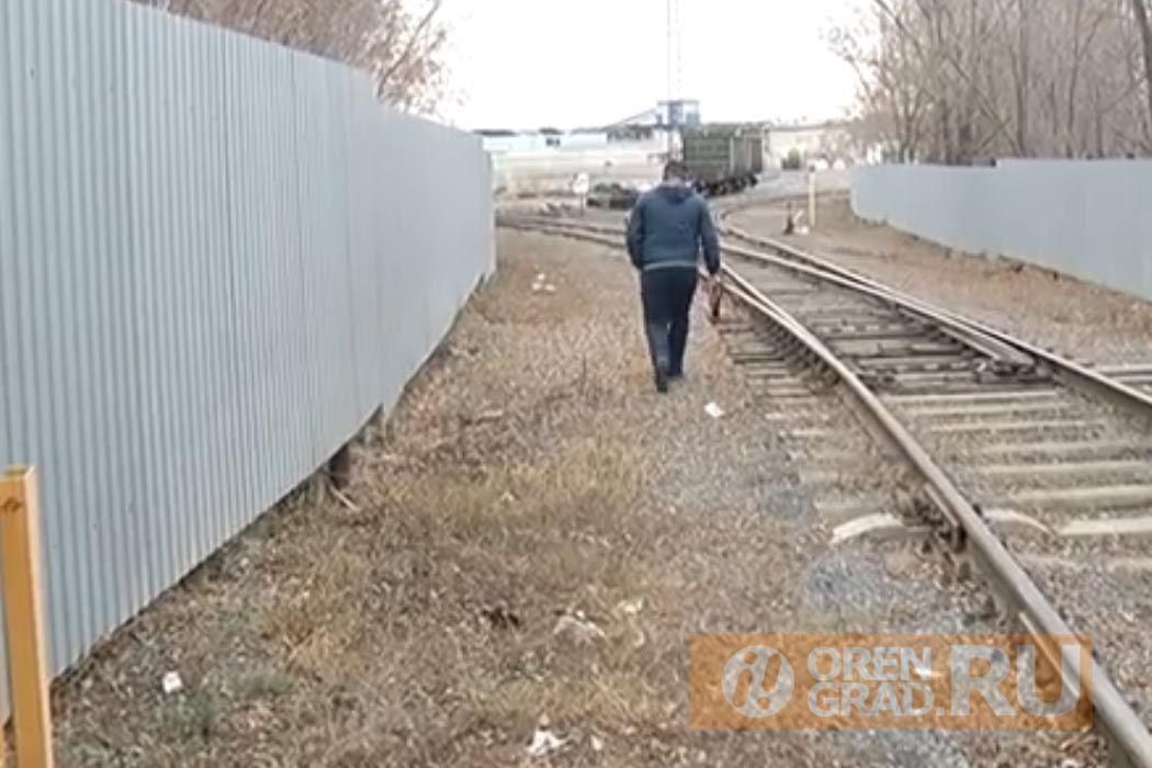 Лестницу через путепровод на улице Терешковой отремонтируют до 2024 года
