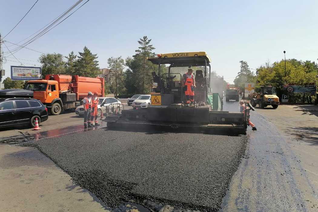 Дорожные работы в Оренбурге ведут на 7 улицах