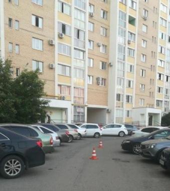 В Оренбурге 6-летний ребёнок попал под машину