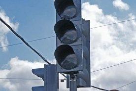 На перекрестке Нежинского шоссе с Пригородным вновь отключат светофор
