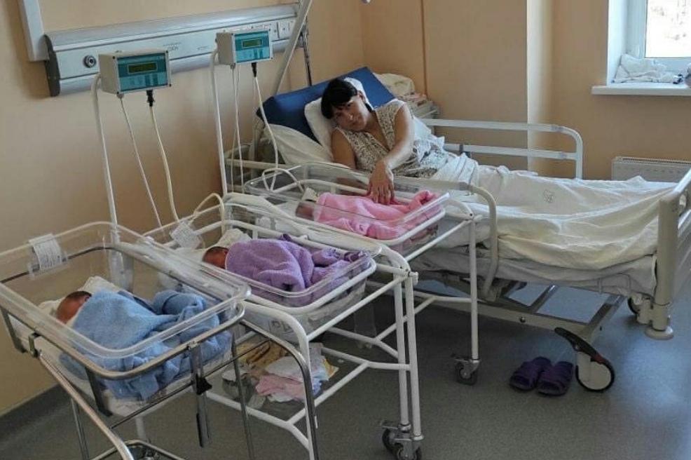 В Оренбурге родилась тройня общим весом в 8 килограммов