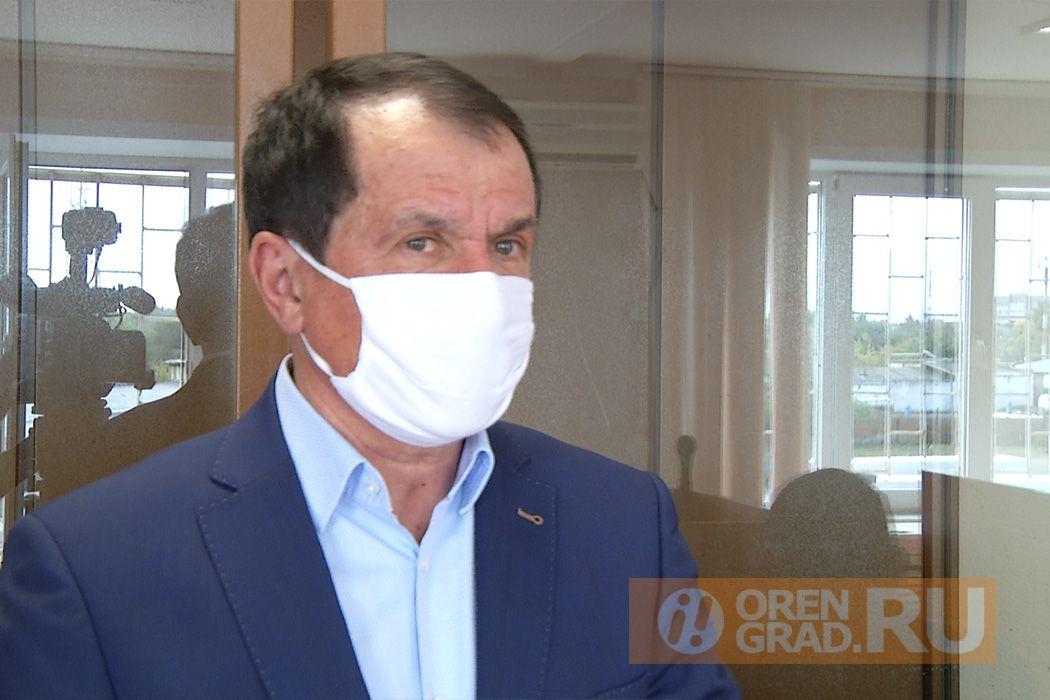 Экс-главу адвокатской палаты Оренбуржья обязали выплатить штраф