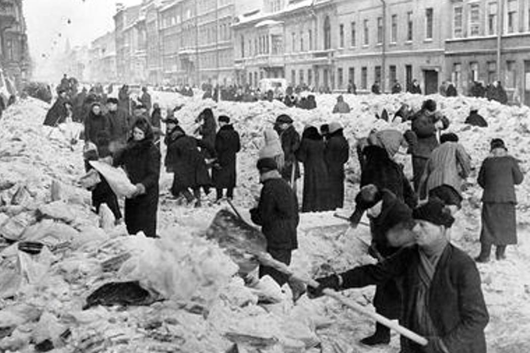 Блокада Ленинграда, штурм Севастополя, Куликовская битва и муза Пушкина. День в истории