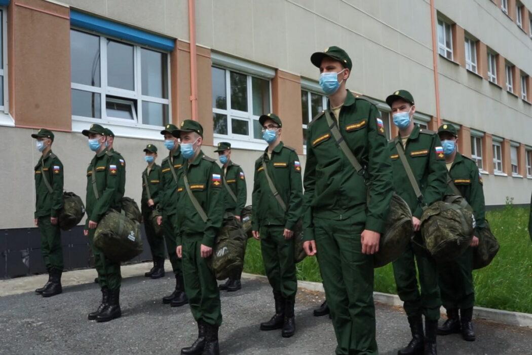 С 1 октября в Оренбуржье начинается осенняя призывная кампания