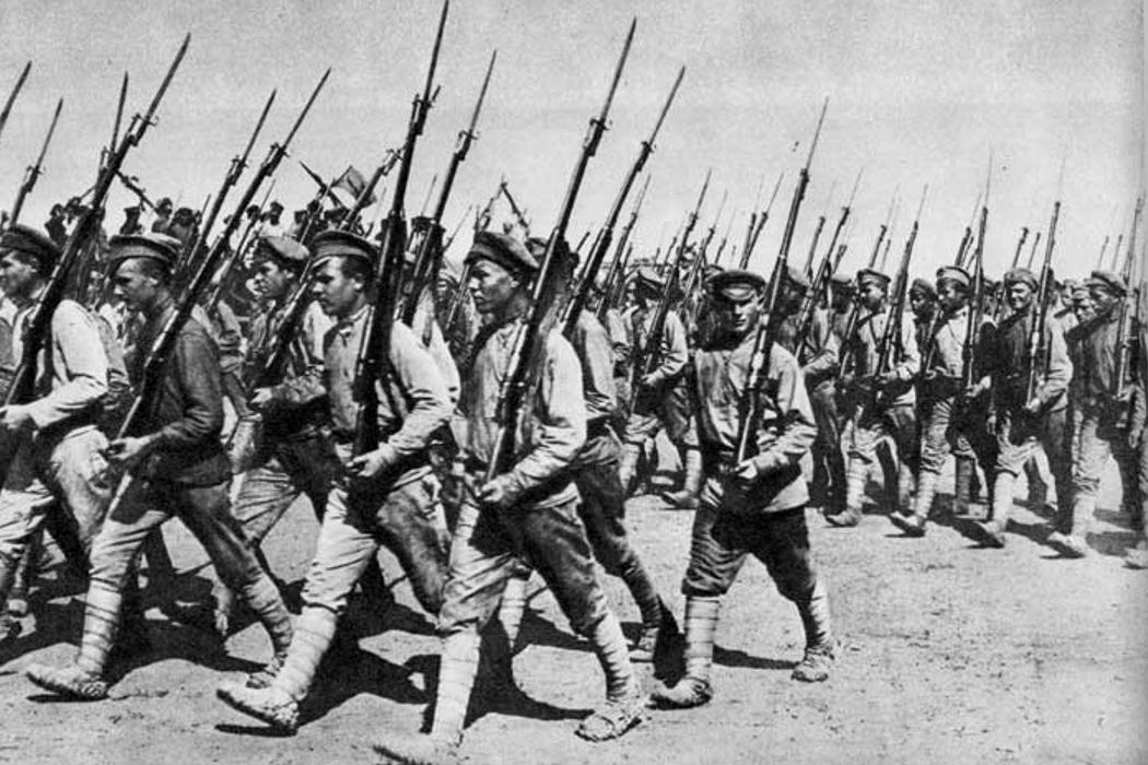 Обязательная военная служба в России, «гвардейская часть», американское ЦРУ и вода. День в истории