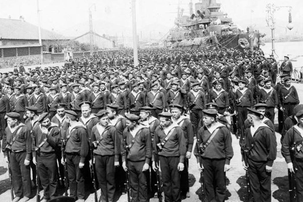 Благотворительность, японская война, борода и «красный» террор. День в истории