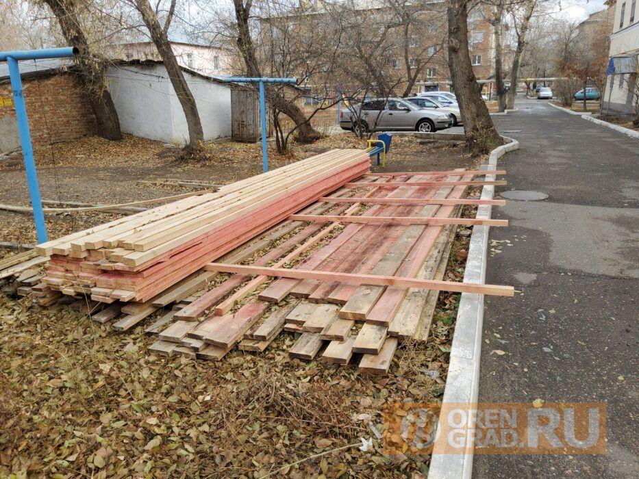 Жители многоквартирного дома в Оренбурге в зиму могут остаться без крыши