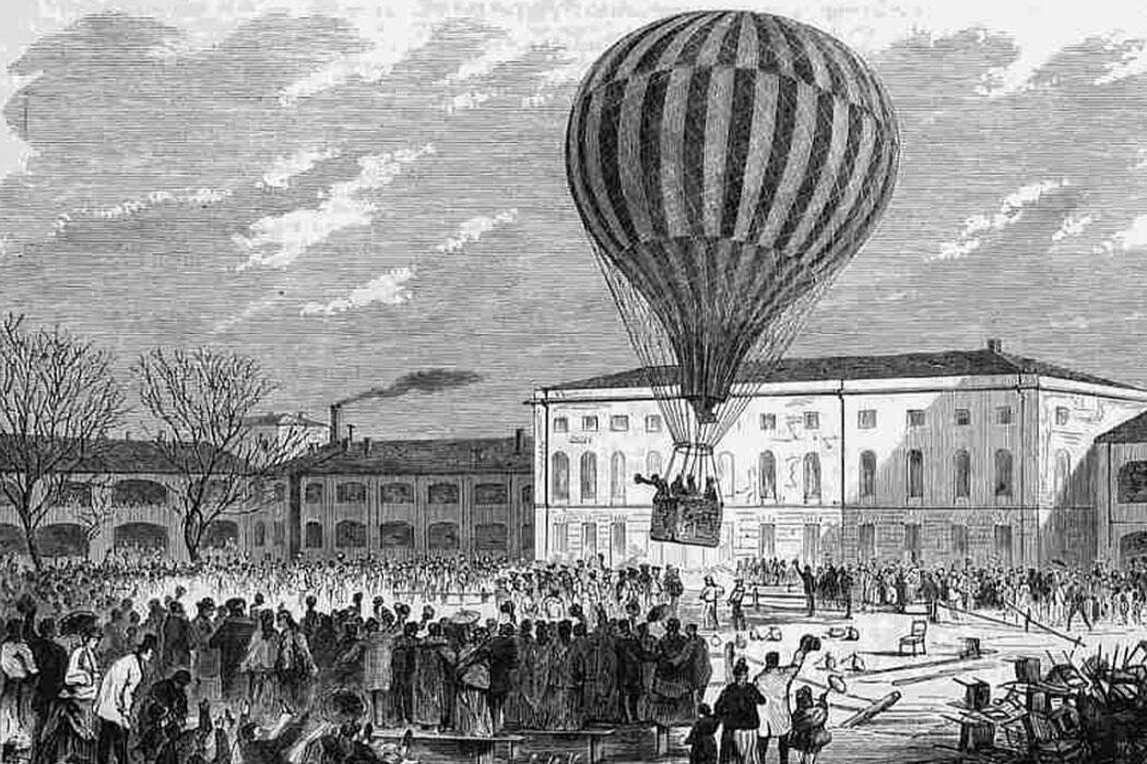 """Приветствие, полет на воздушном шаре, телевидение, """"Британник"""" и налоговая. День в истории"""