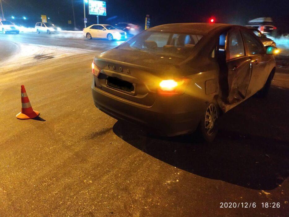 В ДТП на улице Салмышской в Оренбурге пострадала восьмилетняя девочка