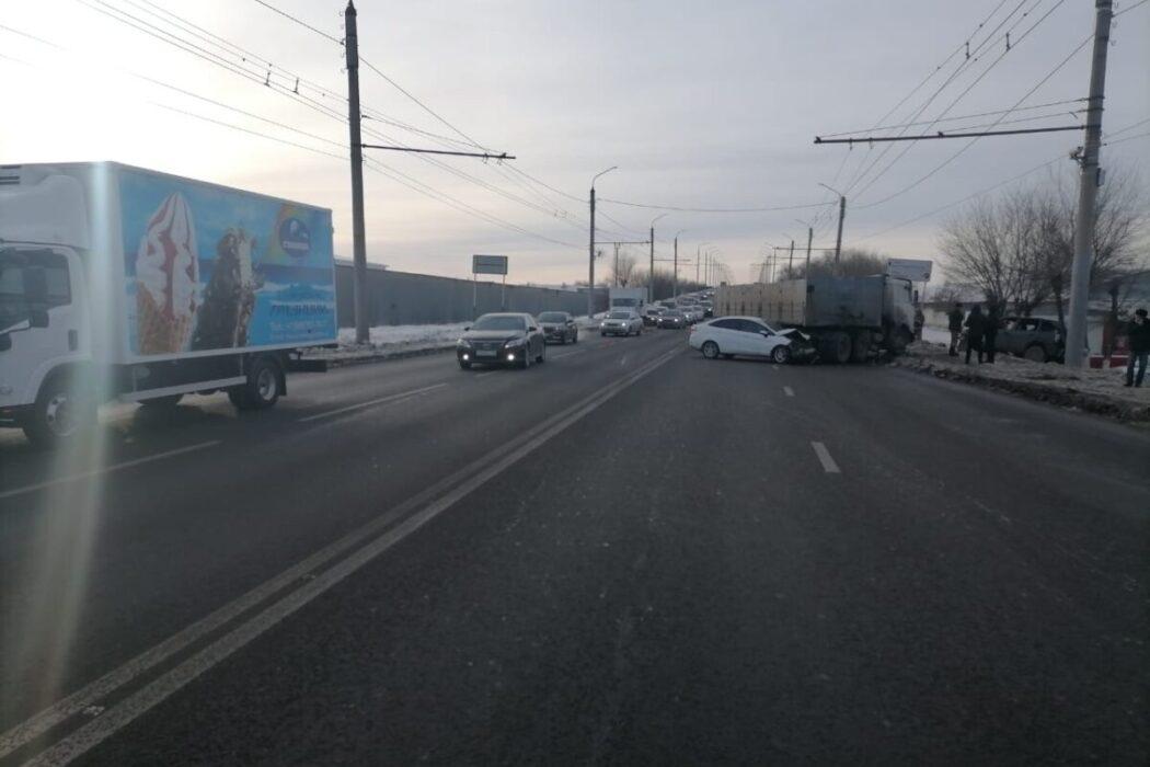 """Оренбургская ГИБДД озвучила причину ДТП с """"МАЗом"""""""
