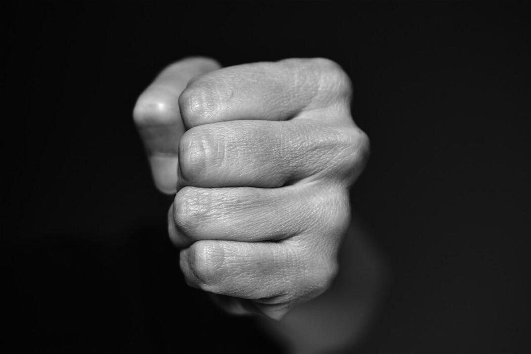 В Оренбурге пересмотрят дело дебошира, избившего полицейского