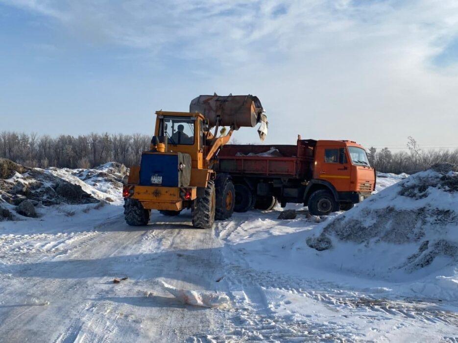Свалку отходов в пойме Урала в Оренбурге убрали