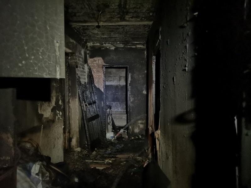 В Орске на пожаре в многоэтажке спасли 10 детей