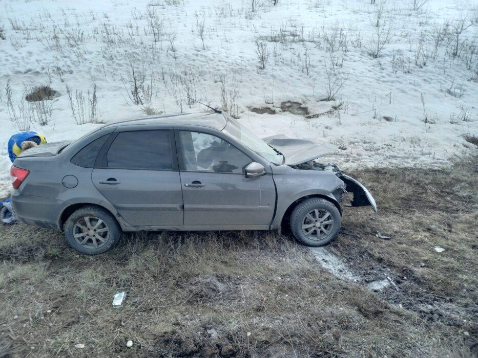 """В Новосергиевском районе в аварии погиб водитель автомобиля """"Лада"""""""