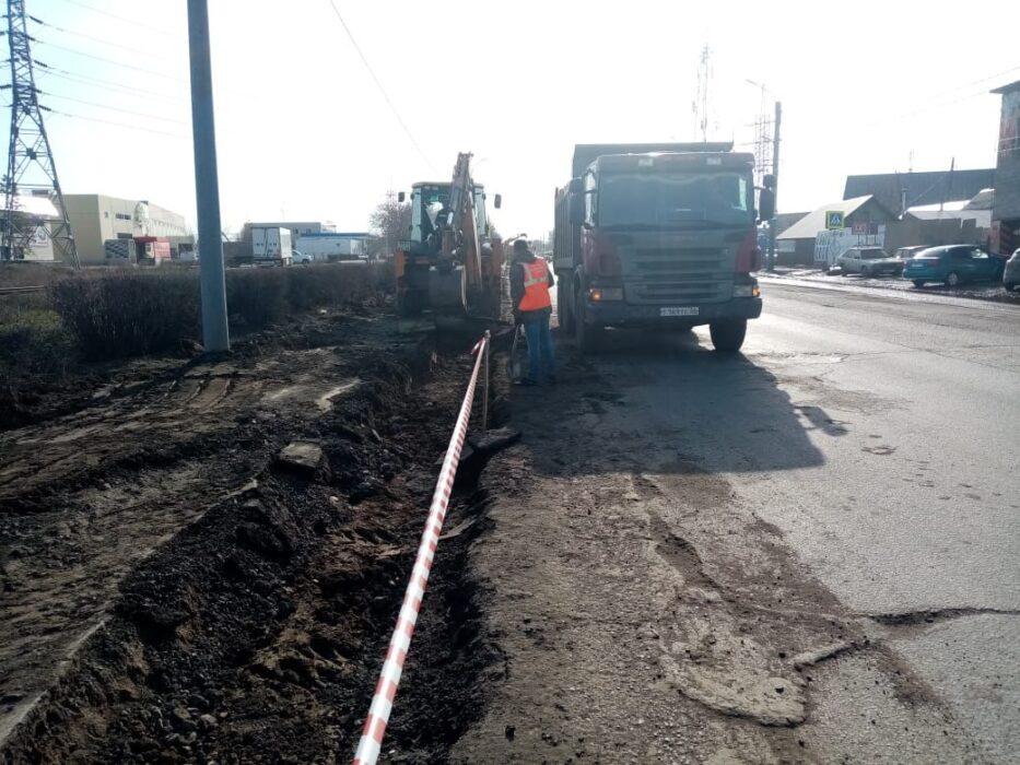 В Оренбурге идут дорожные работы