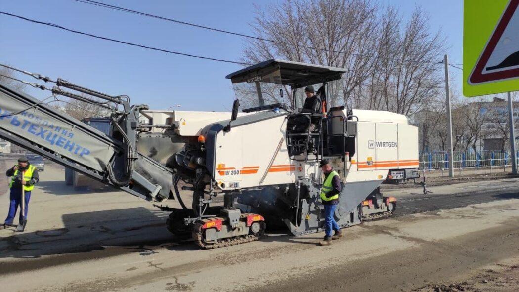 В Оренбурге ремонт дорог начался с улицы Бр. Башиловых