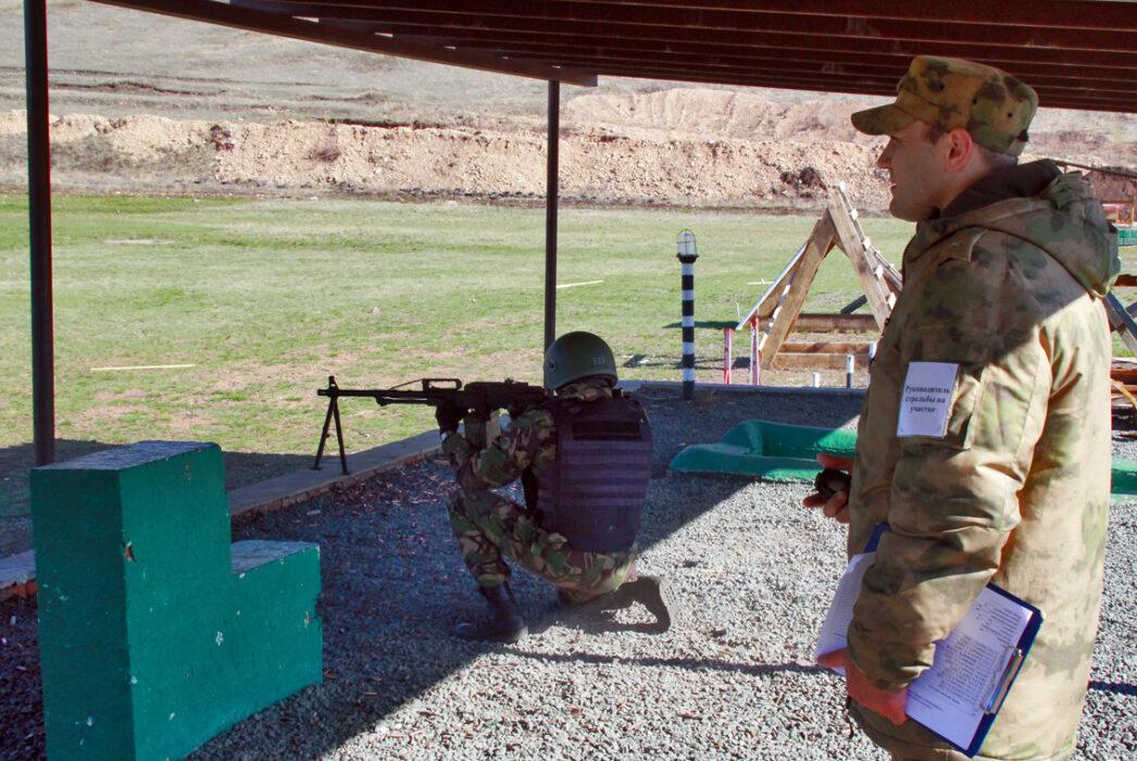 Оренбургские росгвардейцы из пулеметов поразили все мишени