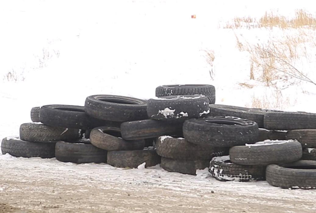 Автомобильным шинам не место на площадке для твёрдых коммунальных отходов