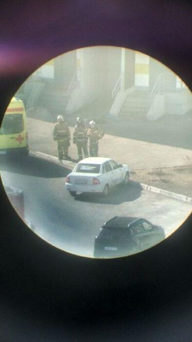 В Оренбурге на Гаранькина из окна многоэтажки выпала женщина