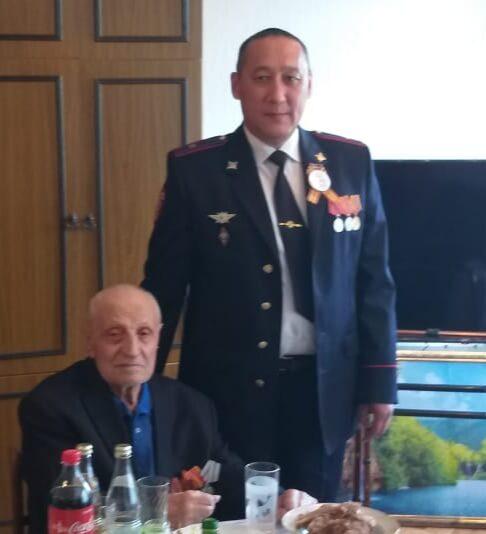 Оренбургский фронтовик Афанасий Карслиев отметил вековой юбилей