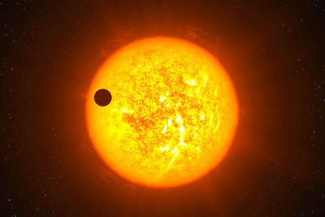 Обмен Курил на Сахалин, радио, Sony, «Пятый элемент» и шествие Меркурия между Солнцем и Землей. День в истории