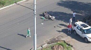 """В Оренбурге на проезде Знаменском столкнулись мотоцикл и """"Форд"""""""