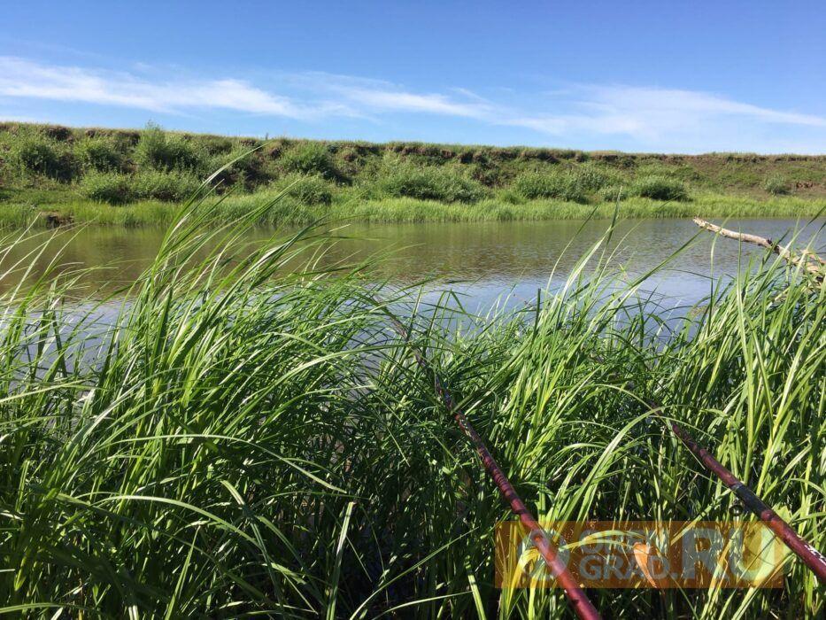В Урале возле села Нежинка водолазы обнаружили тело мужчины