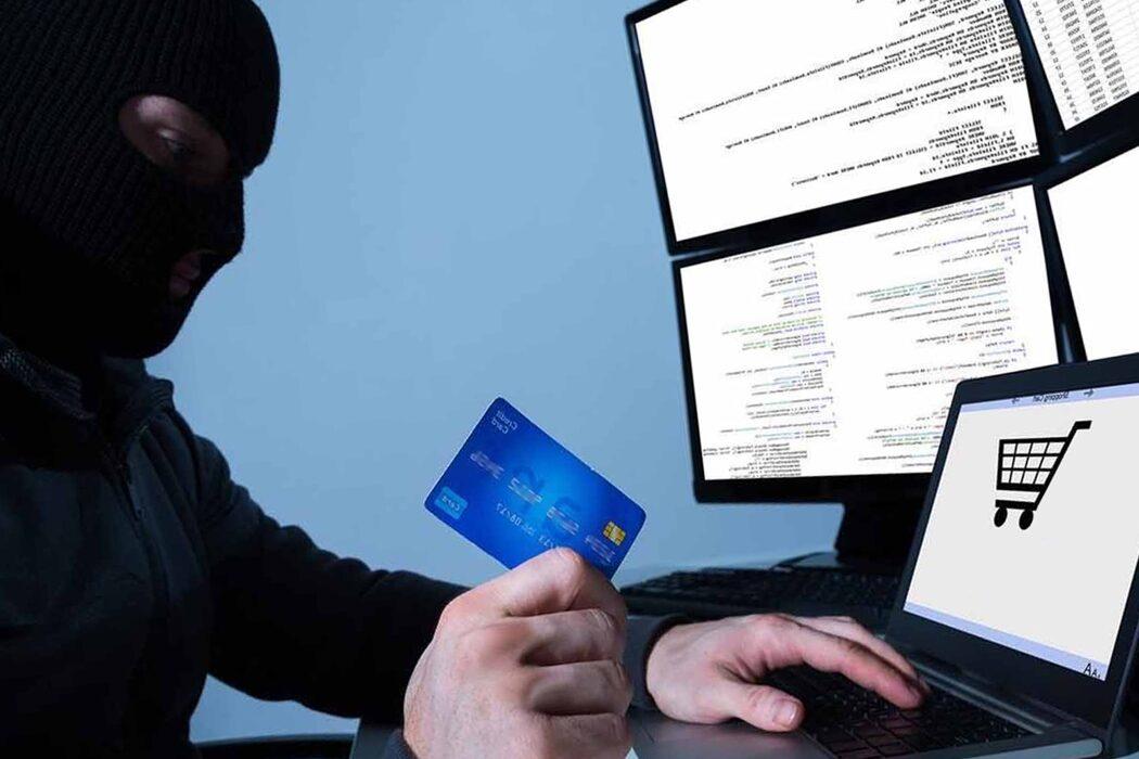 Двое юных оренбуржцев зарабатывали на кибермошенничестве