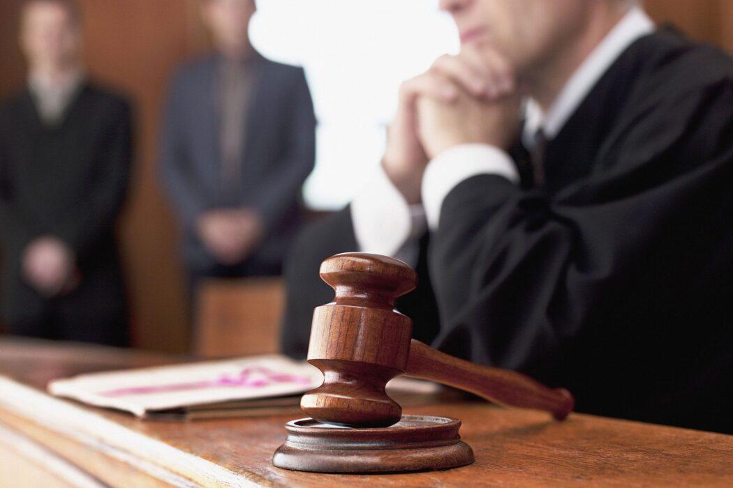 В Акбулаке суд вынес приговор по делу о нападении на зампрокурора