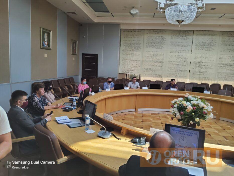 Оренбургским избирателям на выборах-2021 выдадут одноразовые ручки и маски