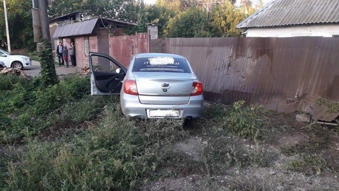 В Оренбурге таксист попал в ДТП на улице Соболева Гора