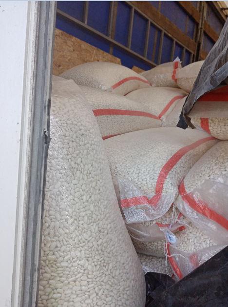 На оренбургские прилавки могла попасть опасная продукция из-за границы