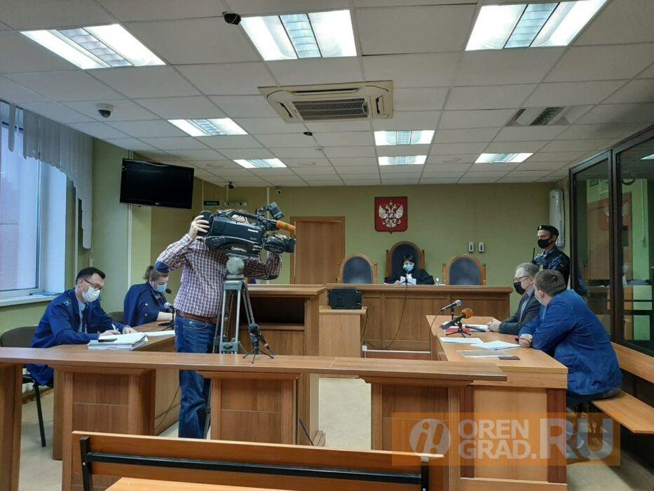 Обвиняемому в мошенничестве оренбургскому адвокату смягчили меру пресечения