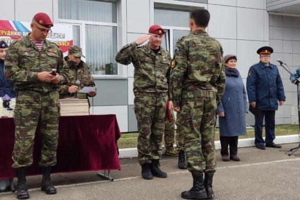 Боец отдела специального назначения УФСИН России по Оренбургской области стал обладателем крапового берета