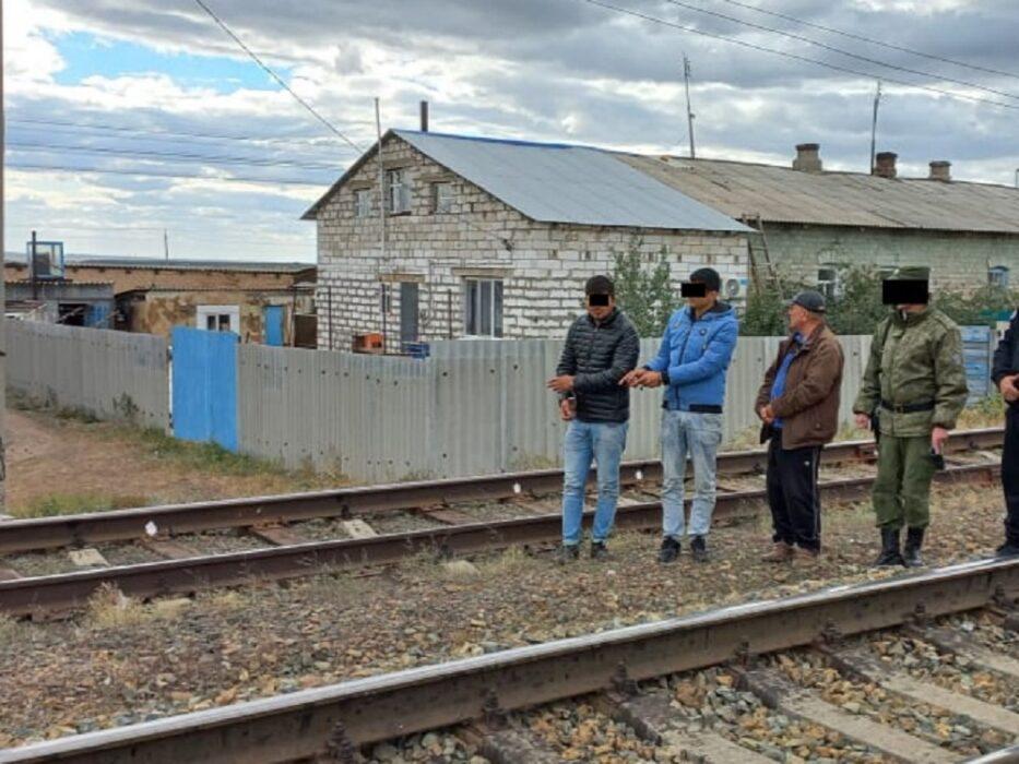 В Акбулакском районе пограничники задержали нарушителей-прыгунов