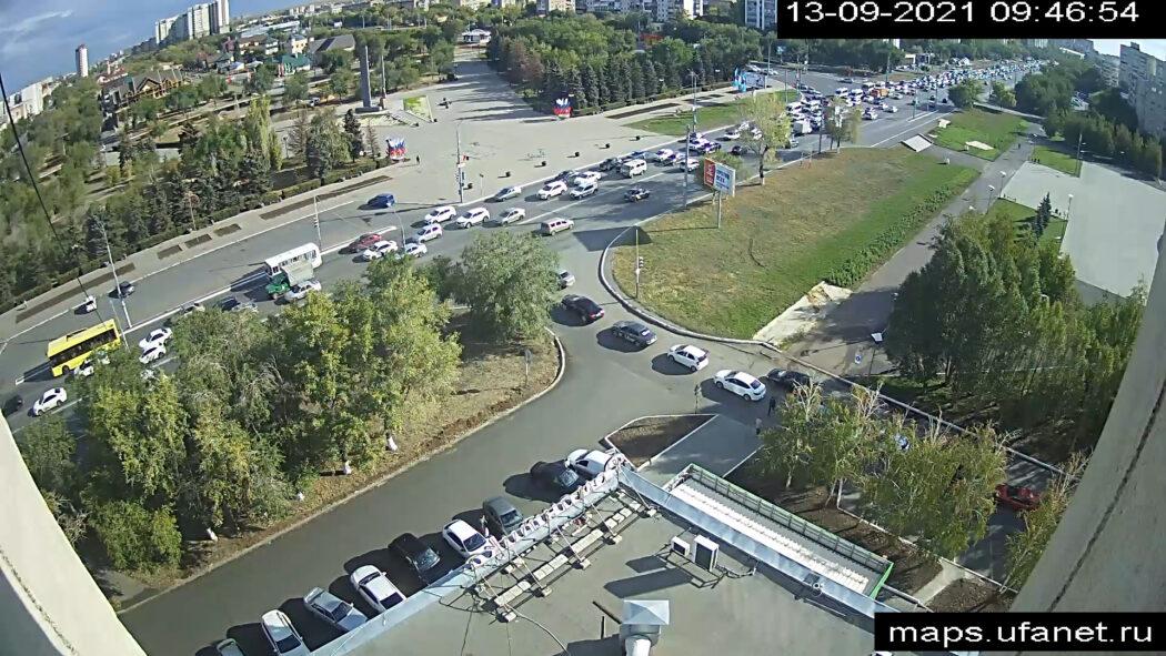 Из-за аварии в Оренбурге на проспекте Гагарина образовалась огромная пробка